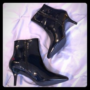 NEW Charlotte Russe pointed toe Booties Black s9
